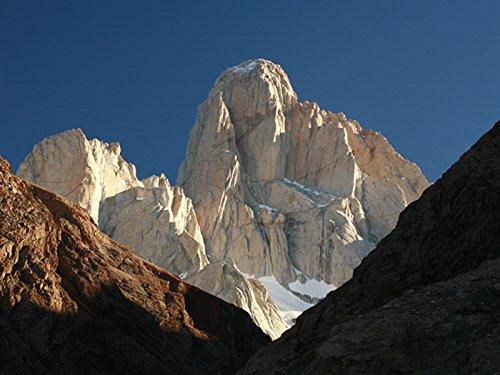 Patagonia: Mt. Fitz Roy ()