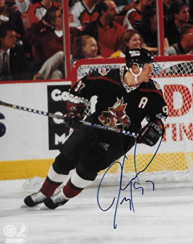 - Jeremy Roenick, Phoenix Coyotes, signed, autographed, 8x10 Photo, Coa with Proof Photo