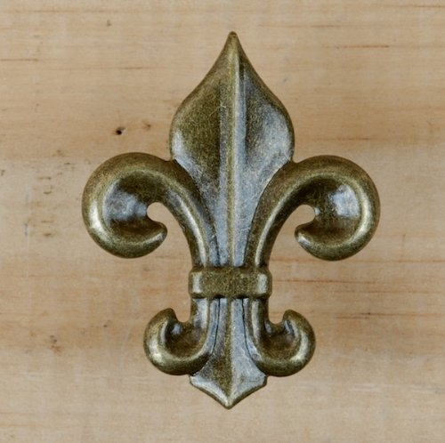 Antique Brass Fleur De Lis (25 Small Antique Brass Fleur De Lis Upholstery Framing Tacks, Decorative Nails 1 1/2 X 1 3/4