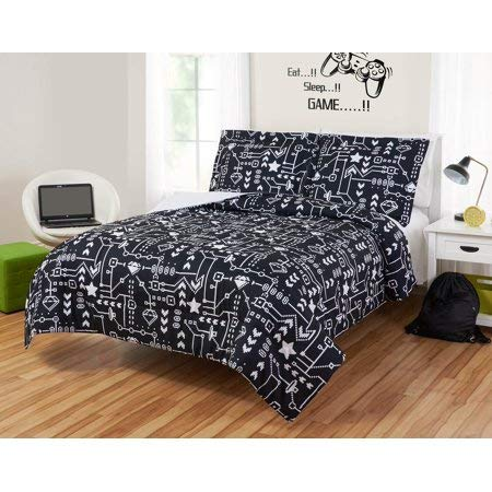 Go Retro with Old School Game Graphics with Unique,Stylish,Comfy and Plush Mainstays Kids Pixelated Video Game Reversible Comforter Set,Bold Black and White,Full by Generic