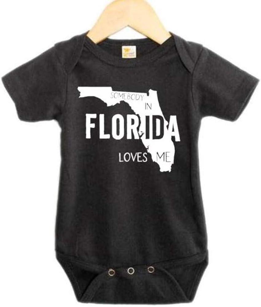 Somebody in Florida Loves Me/Baby FL Onesie/Infant Bodysuit