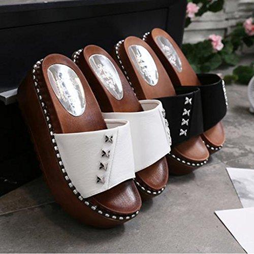 Tailles Tingting Pu Disponibles Fond Épais À Avec A Font Couleurs Chaussures 2 Muffin 37 couleur Pantoufles Taille Blanc Rivet Tongs Femelle 5 Sandales g7aUUx