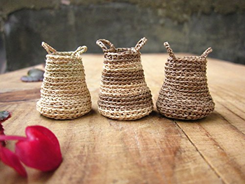Miniature elf's baskets, kitchen decor, home decor, hand crochet, doll house, Set of 3 baskets