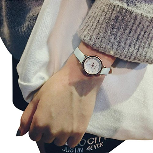 Simple Retro Small Watch Yuaboz.H Dial Female Table Belt Casual Wave Watch (Black) (Activity Table Waves)
