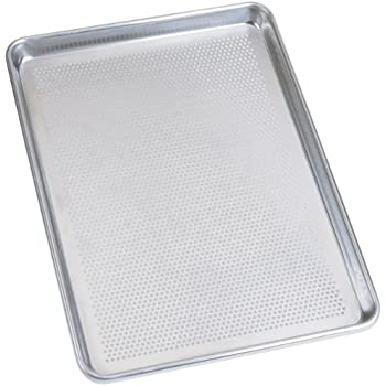Amazon Com Sil Eco Perforated Baking Pan Half Sheet Size
