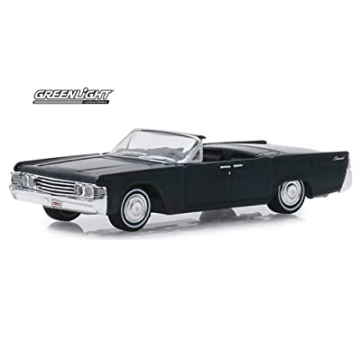 1965 Lincoln Continental Custom Convertible (Lot #1585), Barrett- Jackson Series - Greenlight 37180/48 - 1/64 Scale Diecast Model Toy Car: Toys & Games