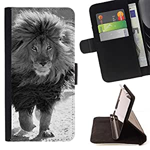 Momo Phone Case / Flip Funda de Cuero Case Cover - White Male Lion Puissant - Motorola Moto E ( 2nd Generation )