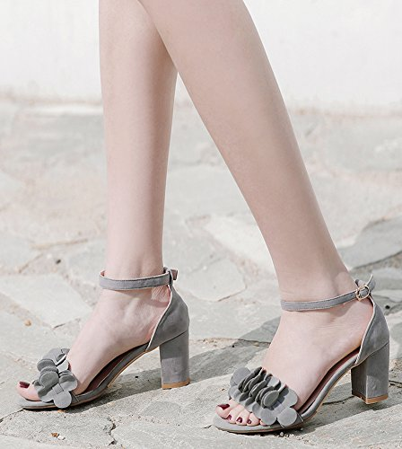 Aisun Women's Chic Buckled Mid Chunky Heels Sandals with Flower Gray m7L3jgqel4