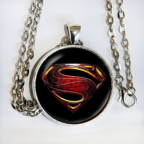 Superman movie logo - pendant necklace - HM (X Men Mystique Halloween Costume)