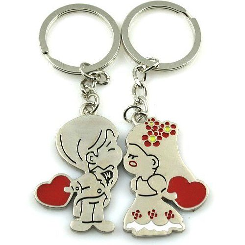 Cute Boy and Girl Loving Heart Keychain, Fashion Metal Couples Key Ring for Lover