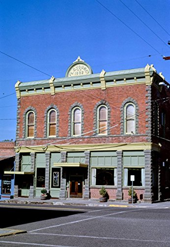 Roadside America Photo Collection   1987 First Interstate Bank  Locust Street  Oakland  Oregon   Photographer  John Margolies   Historic Photographic Print 16In X 24In