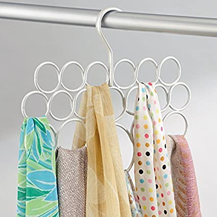 mDesign Paquete de 2 perchas, sistema anti-enredo; para bufandas, pañuelos corbatas, cinturones, chales, pashminas, accesorios - 18 bucles cada unidad ...