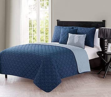 KESS InHouse Vasare Nar Unicorn Twin Comforter 68 X 88