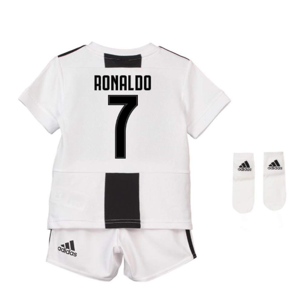 17775abdc Amazon.com   UKSoccershop 2018-19 Juventus Home Baby Kit (Cristiano Ronaldo  7)   Sports   Outdoors