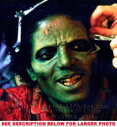 Michael Jackson Makeup (MICHAEL JACKSON THRILLER MAKEUP CHAIR (1) RARE 8x10 FINE ART PHOTO)