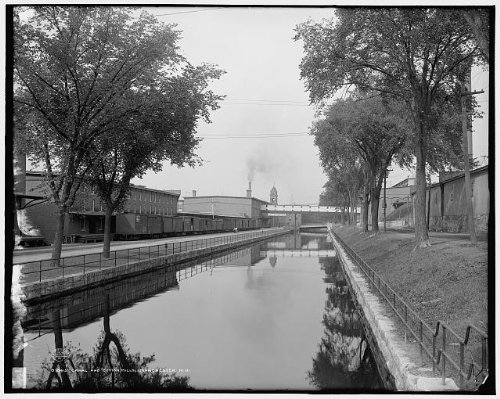 Photo: Canal,cotton mills,industrial facilities,water,Manchester,New Hampshire,NH,c1908 (Stock Manchester Restaurant)