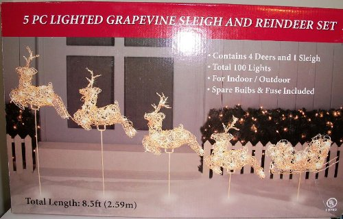 amazoncom 5 pc lighted grapevine sleigh reindeer set christmas decoration home kitchen