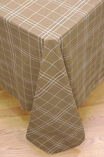 White Lines Flannel Backed Vinyl Tablecloth 70 Inch Round