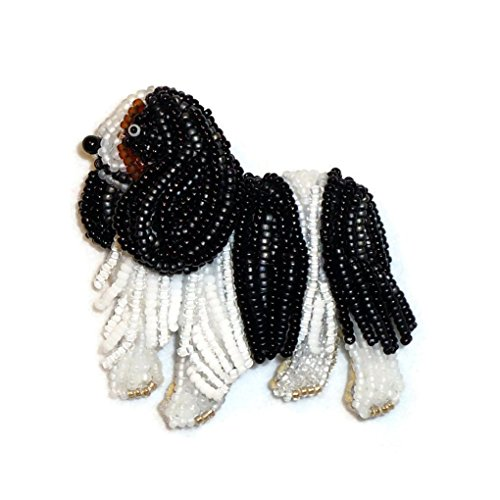 (Cavalier KING CHARLES SPANIEL beaded bead embroidery dog pendant (Made to Order))
