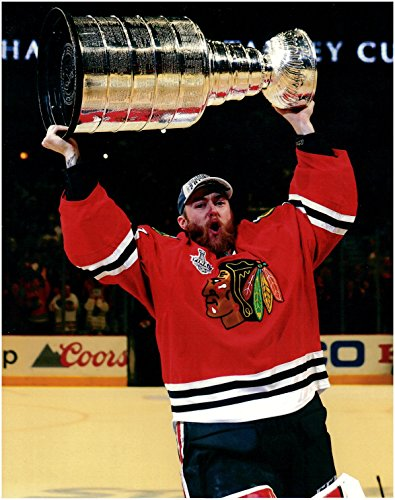Scott Darling Chicago Blackhawks Unsigned 8 x 10 Photo With 2015 Stanley Cup
