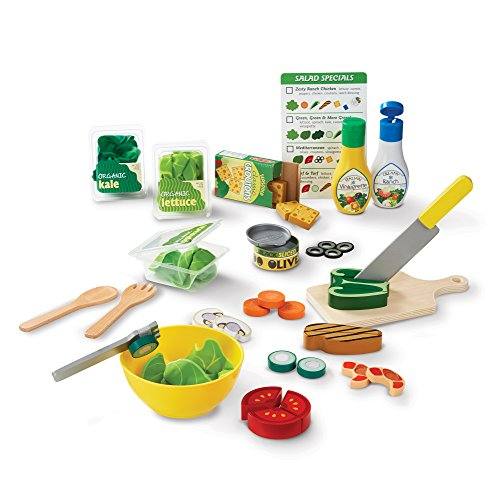 Melissa & Doug Slice & Toss Salad Play Food Set with 52 Wooden and Felt Pieces from Melissa & Doug