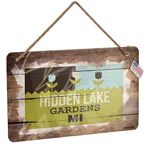 Hidden Lake Gardens Christmas Lights in US - 2