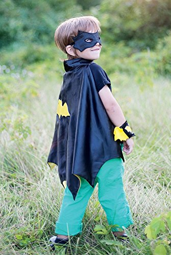 Creative Education Bat Cape Set with Mask & Wristbands, - Wristband Specialty