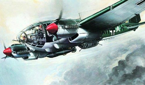 - Heinkel He-111 Bomber 1/72 Model Airplane Italeri