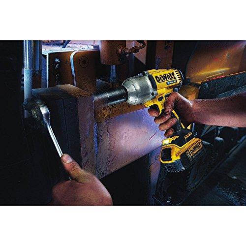 DEWALT DCF899P2 20V MAX XR Brushless High Torque 1/2'' Impact Wrench Kit with Detent Anvil by DEWALT (Image #2)