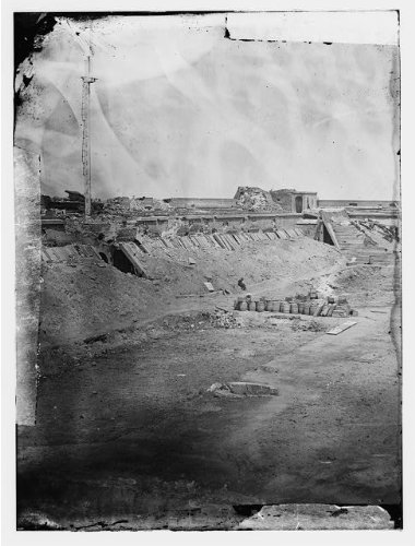 Timothy Osullivan Civil War - Photo: Interior, rear parapet, Fort Pulaski, Georgia, GA, Timothy O'Sullivan, Civil War, 1862 . Size