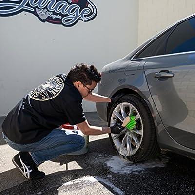 Chemical Guys ACC_G08 Wheel & Tire Brush, Short Handle: Automotive