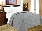 quilt only - Decarl Bed Quilts Solid Color Lightweight Geometric Soft Comforter Bedding Summer Quilts, King, Silver