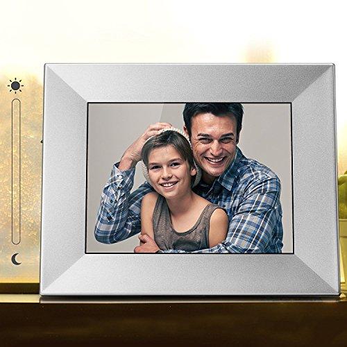 Nixplay Iris 8″ Wi-Fi Cloud Frame (W08E- Silver)