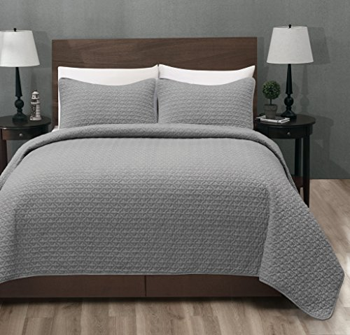 Madison Quilted Bedspread Oversized coverlet product image