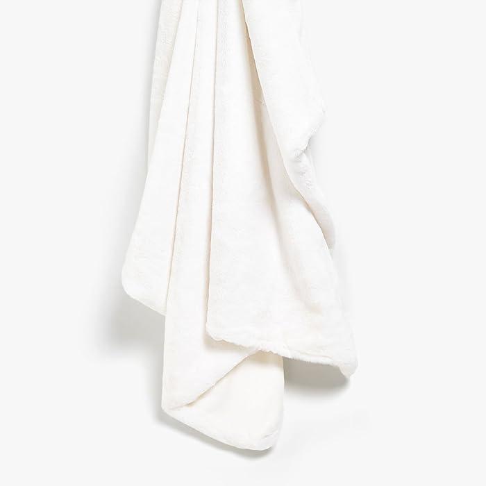 Max Studio Home Modern Faux Fur Throw By MAXSTUDIO Plush Lightweight Blanket in Beige Tan Gray (Pure White)
