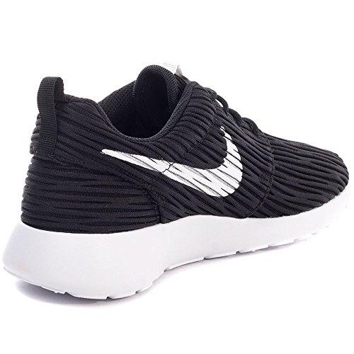 22 Noir One Roshe Blanco Entrainement Eng Nike Running Femme black De 5 White Chaussures Eu z85q5wFU