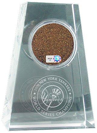 Pettitte World Series (Steiner Sports New York Yankees 2009 World Series Champions Yankees Top Hat Logo Taper Crystal Paperweight)