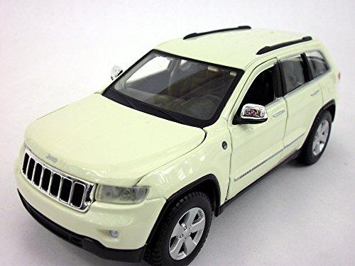 (Jeep Grand Cherokee Laredo 1/24 Scale Diecast Metal Model - WHITE )