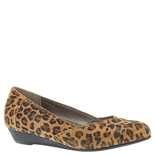 Array Elise Kvinna Glida På Leopard