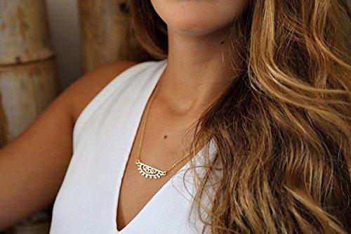 handmade-designer-sunrise-necklace-14k-gold-dainty-sun-necklace