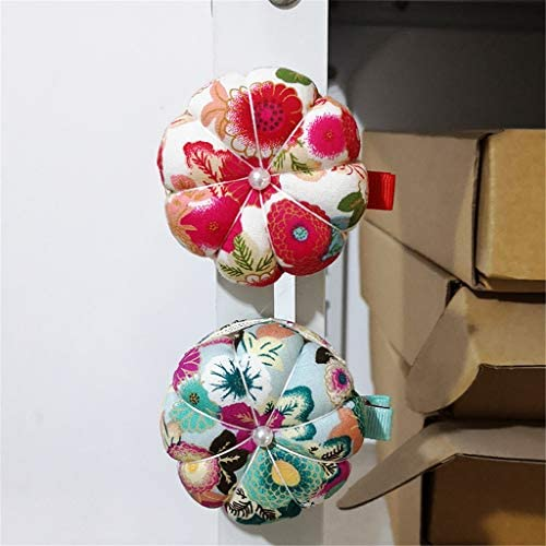 GAMESPFF Pincushions Sewing with Clip Cute Wrist Pin Cushion for Daily Needlework Pink