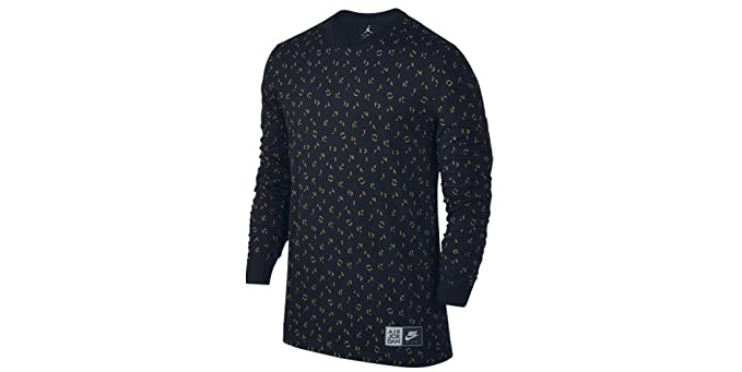 ea3ba724bfa4 Amazon.com  Jordan Air Jordan 5 Long Sleeve T-Shirt (S