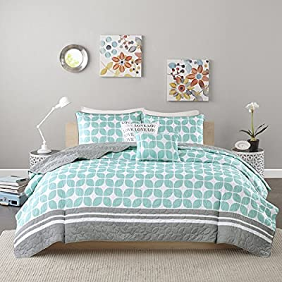 Teen Girls Blue Grey Black 5-piece Coverlet Set with Pillows- Our Exclusive Handmade Scented Tart Sample Pack, 3 Oz Sampler. (Gift Item Will Arrive in a Separate Package) (Twin/twin Xl)