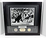 Willie Mays Signed Photo with Game Used Bat and Coin Highland Mint Auto DA025275