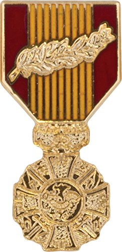 Vietnam Cross Of Gallantry with Palm Medal Hat Pin
