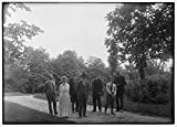 Earls Kitchen N Bar Group picture of Orville Wright, Bishop Milton Wright, Katharine Wright, Earl N. Findley, nephew Hor