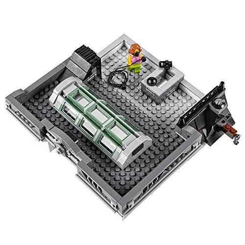 LEGO Creator Expert Brick Bank 10251 Construction Set by LEGO (Image #3)