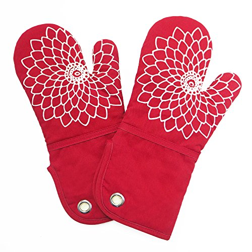Microwave Oven Mitts (Heat Resistant Kitchen Oven Mitt With Non-Slip Silicone Printed, Set Of 2 Oven Gloves for BBQ cooking baking, Grilling, Barbecue,microwave, Machine Washable.(Red))