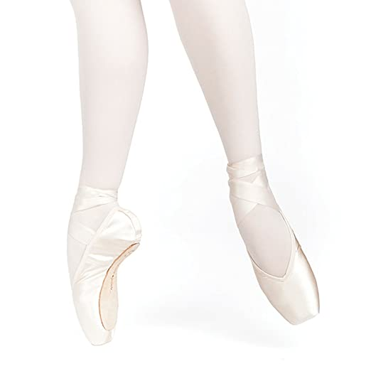 Russian Pointe Entrada Pro Pointe Shoes, V-Cut Flexible Medium Shank - Size 37, Width 2, Vamp V2