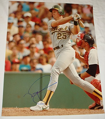 Sports Mark Mcgwire Hand Signed (Mark McGwire Hand Signed / Autographed Oakland A's 16 x 20 Photo)